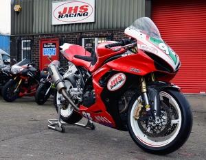 Suzuki SV650 race bikes