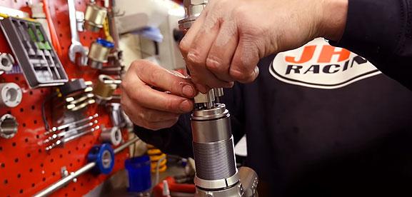 Motorcycle suspension servicing